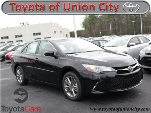 New 2017 Toyota Camry SE FWD 4dr Car