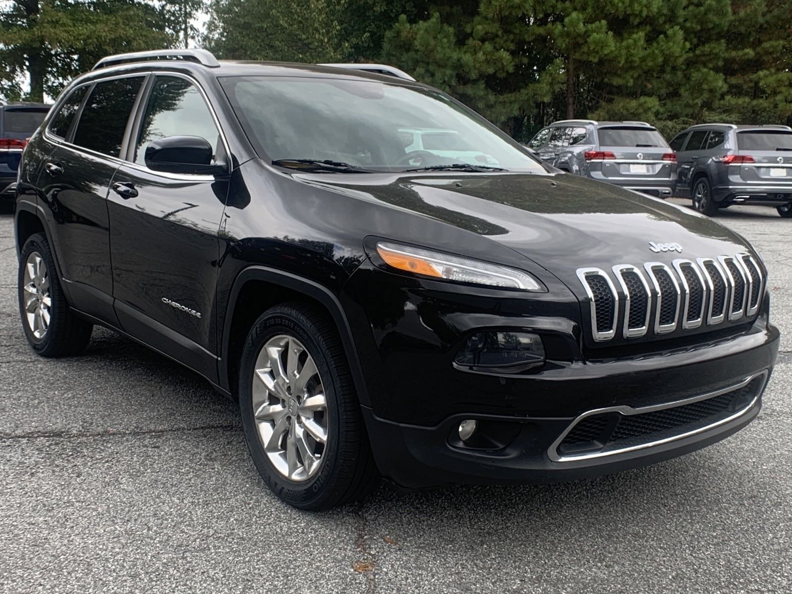 Pre-Owned 2015 Jeep Cherokee