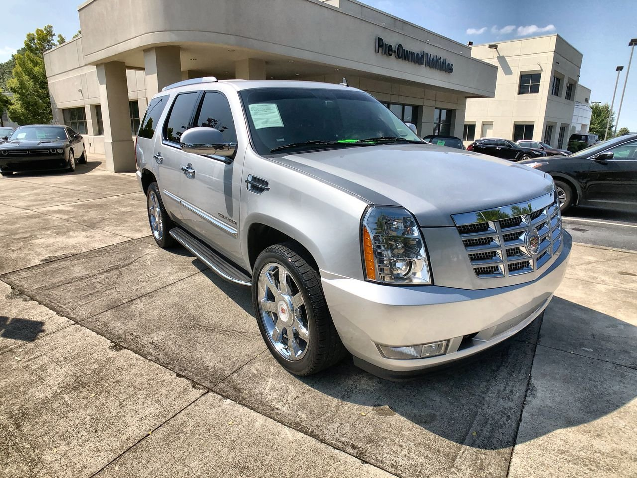 Pre-Owned 2014 Cadillac Escalade Luxury