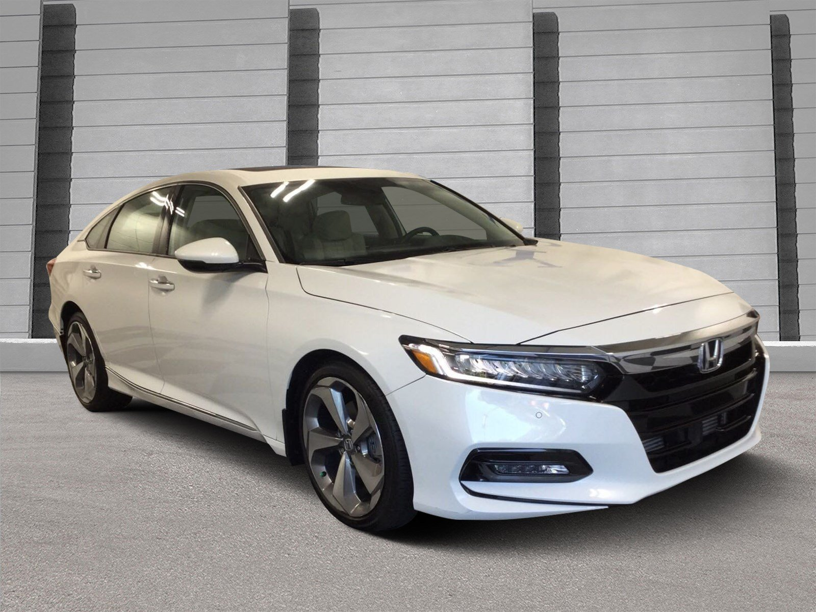 Superb Pre Owned 2018 Honda Accord Sedan Touring 1.5T