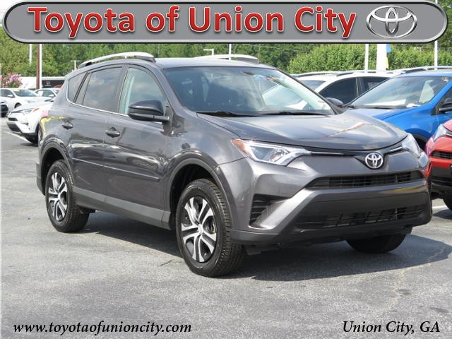 Certified Pre-Owned 2016 Toyota RAV4 LE FWD Sport Utility