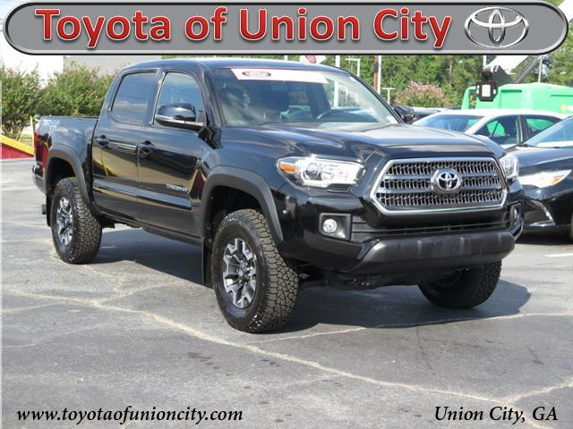 Certified Pre-Owned 2016 Toyota Tacoma TRO 4WD