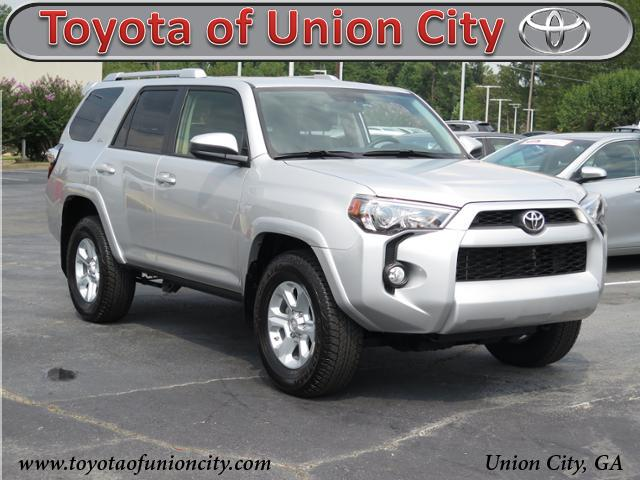 Pre-Owned 2017 Toyota 4runner SR5 RWD Sport Utility