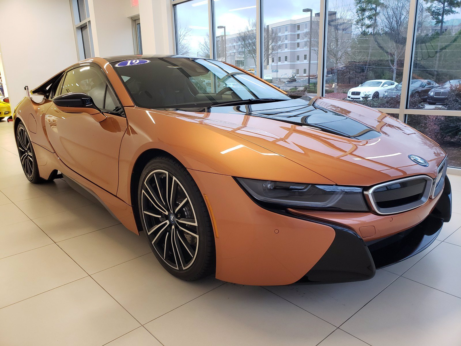 Pre-Owned 2019 BMW i8 Tera World