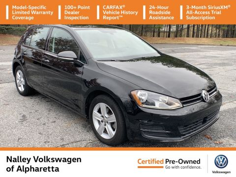 Pre-Owned 2017 Volkswagen Golf Wolfsburg Edition